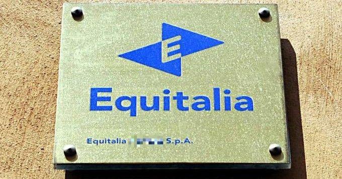 Torino: bomba fuori sede Equitalia