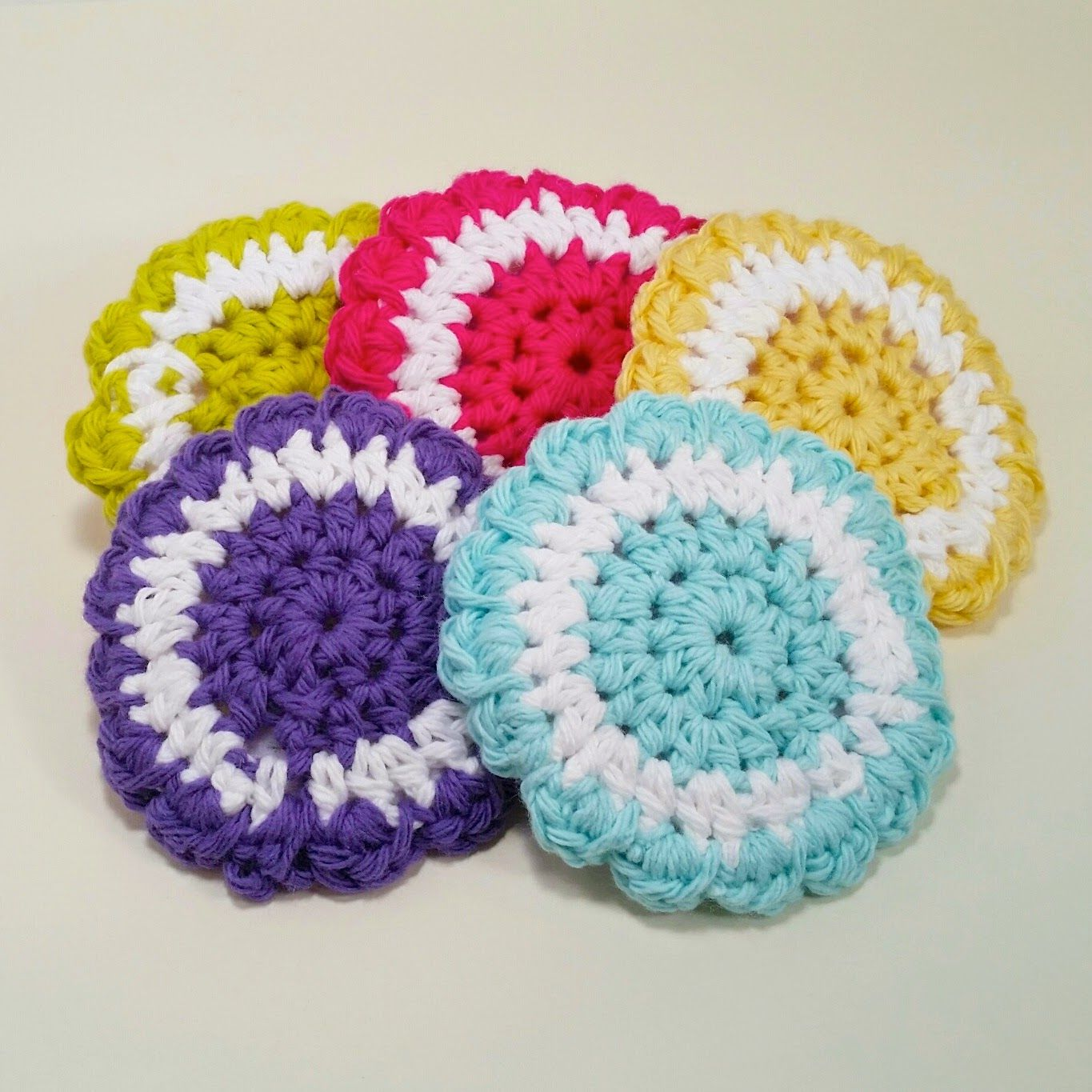Delights-Gems: 2 color cotton dish scrubbies with tulle on the ...