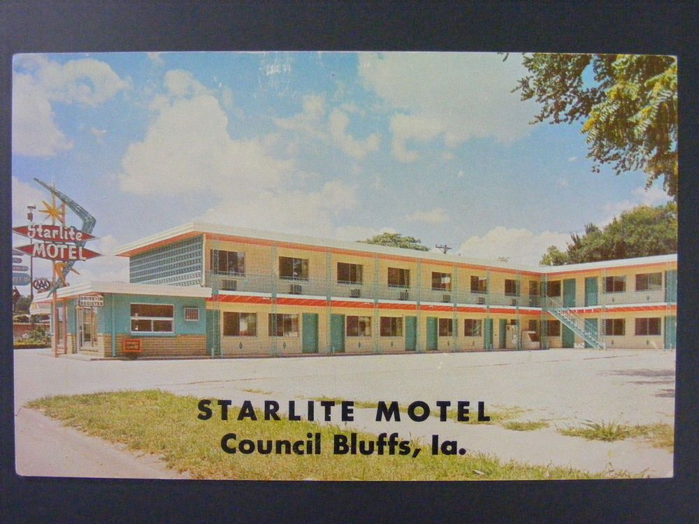 Council Bluffs Iowa IA Starlite Motel Vintage Color Chrome