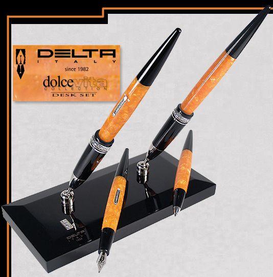 Delta  DV80076 Dolcevita Desk Set Fountain Pen w/Converter 14kt F,M,B (not shown) $895.00