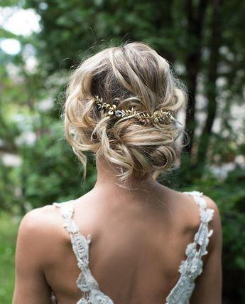 Recogidos de boda  fotos e ideas para las novias que quieran llevar el pelo  recogido con diademas dc3f172eeacf