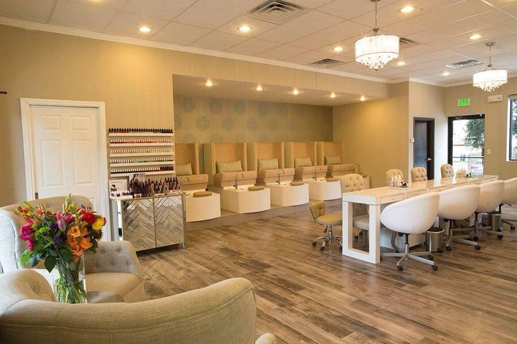 Pin by simpleebeautiful on curlytexturedbar in 2019 - Nail salon interior design photos ...