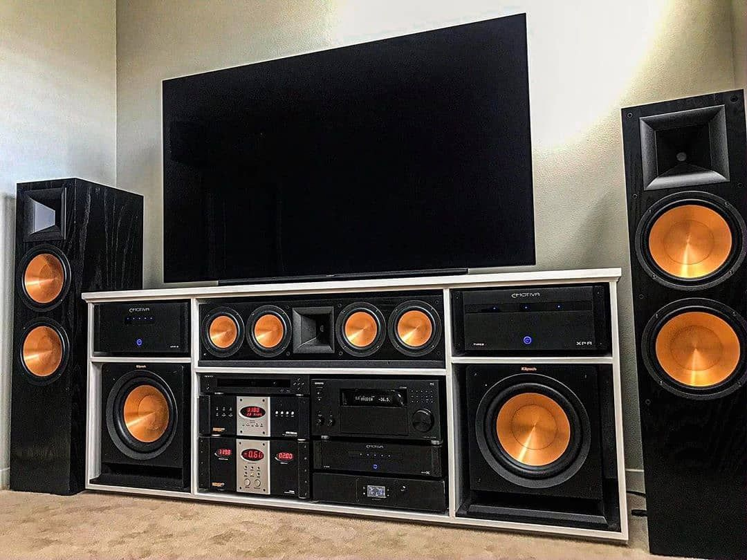 Good look great sound follow us speakerbyte