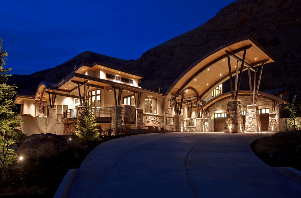 Villa villagio a 9 95 million 10000 square foot contemporary mansion in salt lake city