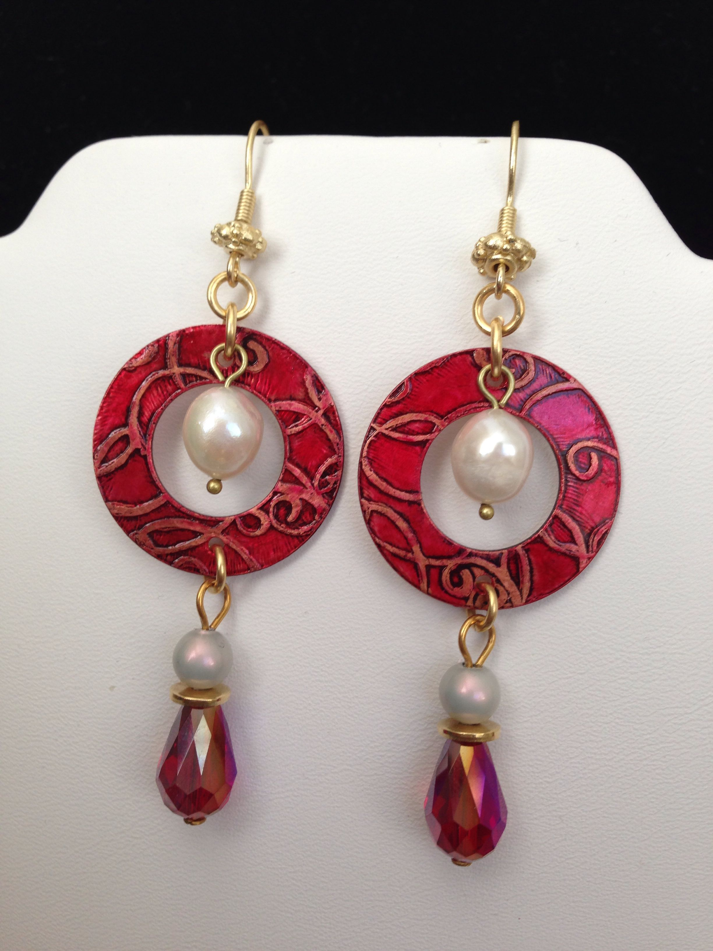 Sunday Earring Challenge. Etched copper washers painted with alcohol ink, freshwater pearls and Czech teardrop crystals.  Design by Renie Hoffman