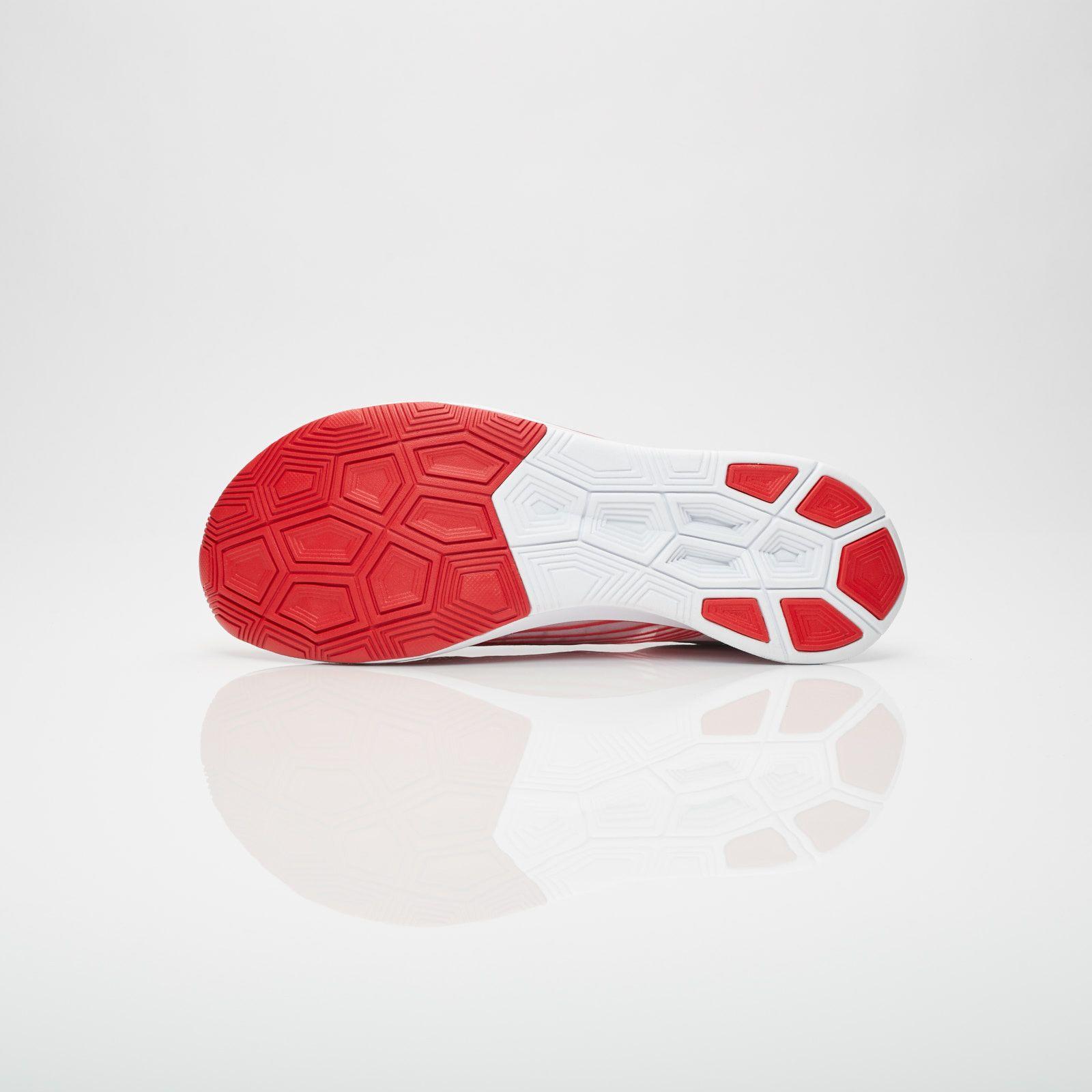 Nike Zoom Fly SP Aj9282 100 Sneakersnstuff | sneakers