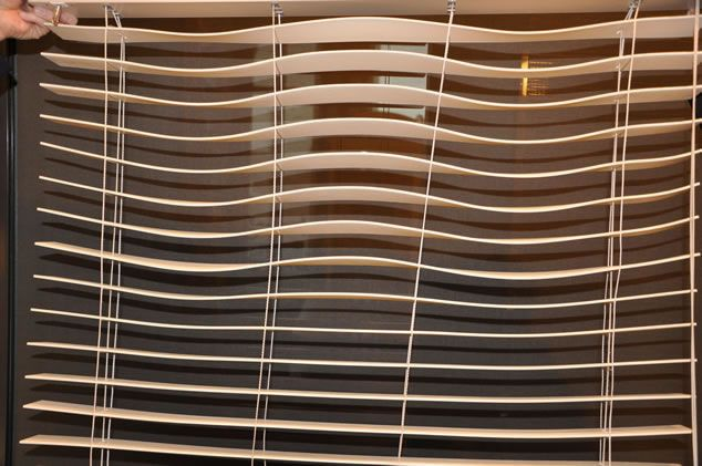 Wavy Cheap Venetian Blinds Ikuzo Curtain Blinds Window Treatments Venetian Blinds