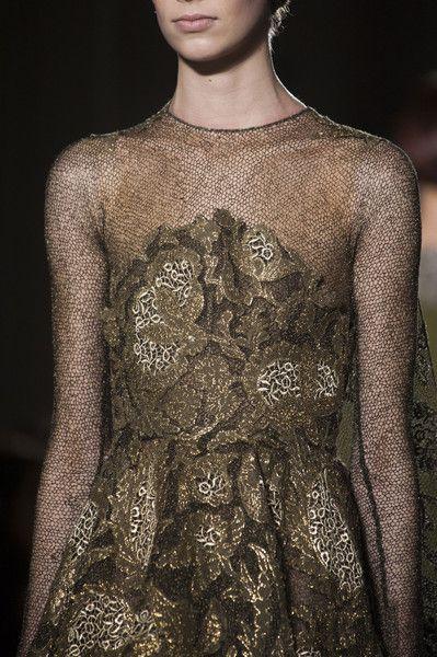 Valentino Spring 2014 Couture Details #runwaydetails