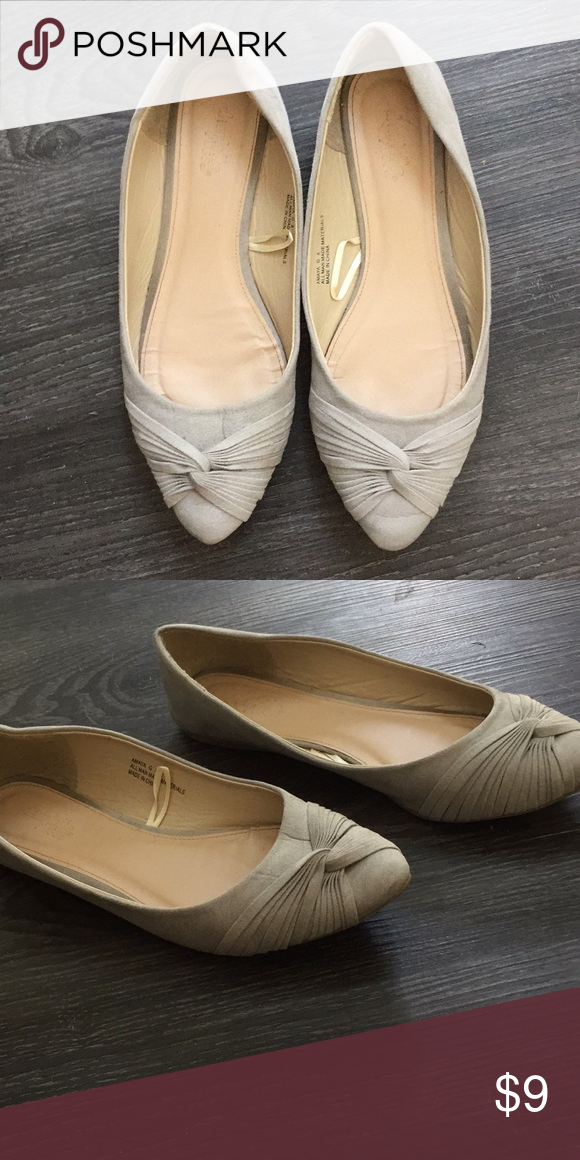 5a88a089c38e Gray flats Barely worn Size 8 Charlotte Russe Shoes Flats & Loafers ...