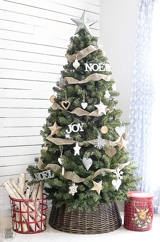 21 Christmas Tree Stand Ideas - Lolly Jane