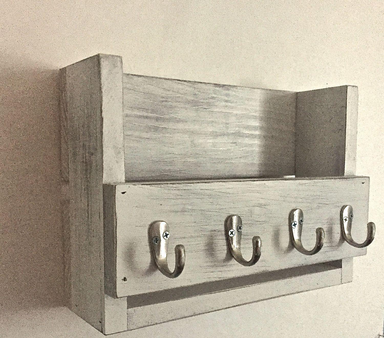 Photo of Soporte de llave rústica – organizador de correo – estante de madera- madera recuperada- estante de entrada- ganchos clave- decoración de la casa de campo angustiado