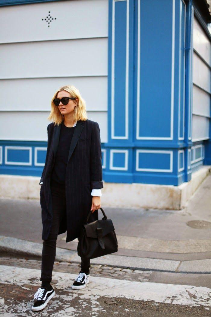 Blogger Adenorah | Coat (Zara). Jeans (Acne Studios). Sneakers (