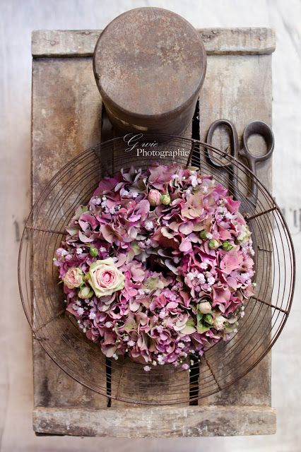 Photo of DIY homemade wreath with flowers