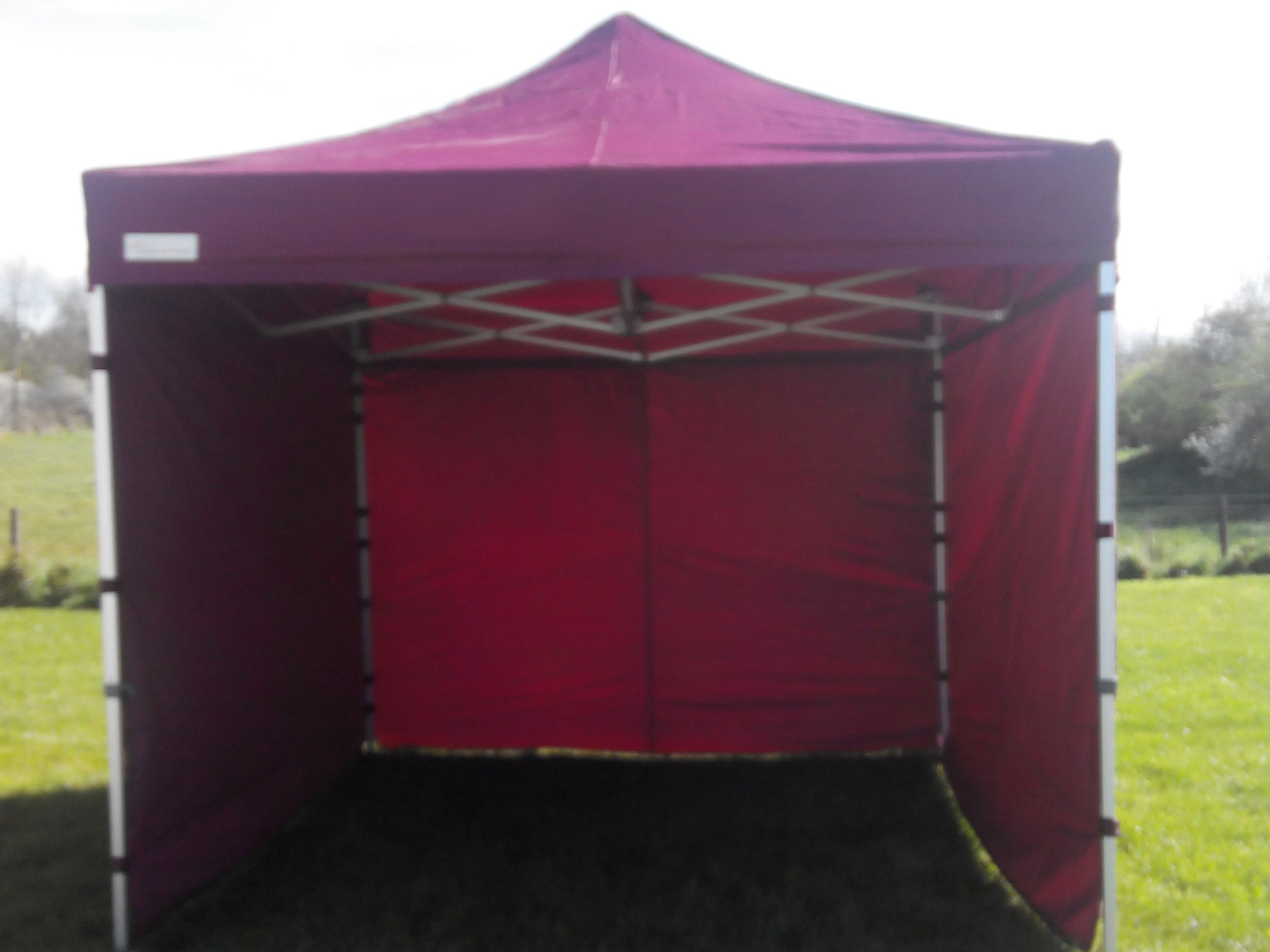 3m X 3m Heavy Duty Pop Up Tents Gazebos Maroon Ireland Uk Pop Up Tent Pop Up Marquee Heavy Duty Gazebo