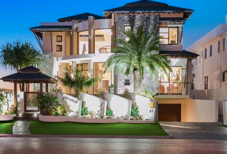 Contemporary Style Waterfront Home In Queensland Australia Floor Plans Waterfront Homes Residential House Luxury Property