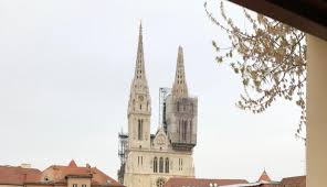 Katedrala Nakon Potresa Zagreb S Cathedral After Earthquake March 22 2020 In 2020 Cathedral Zagreb Croatia