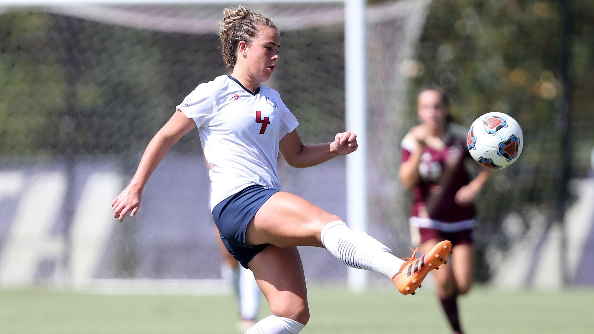 Mcpartlan Named Sun Belt Women S Soccer Player Of The Week Womens Soccer Soccer Players Sun Belt