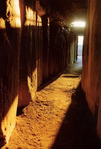 Passage At Newgrange Showing The Roofbox And The Entrance Courtesy Opw Newgrange Ireland Places County Meath
