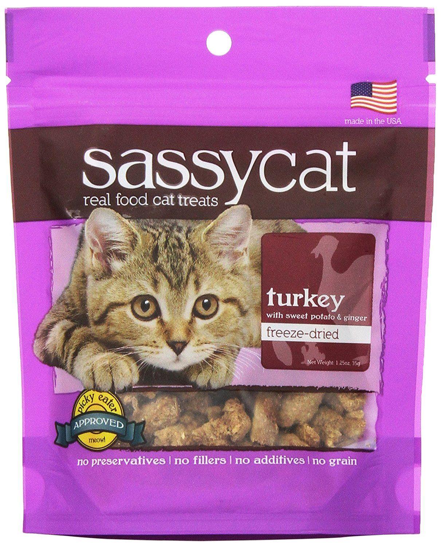 Herbsmith Sassy Cat Freeze Dried Cat Treats Want Additional Info Click On The Image Cat Treats Sassy Cat Chicken Cat