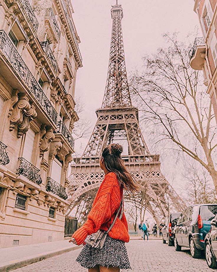 """Photo of Sara Escudero on Instagram: """"Favorite view of the Eiffel Tower 🎞❤️ #collageontheroad #paris"""""""