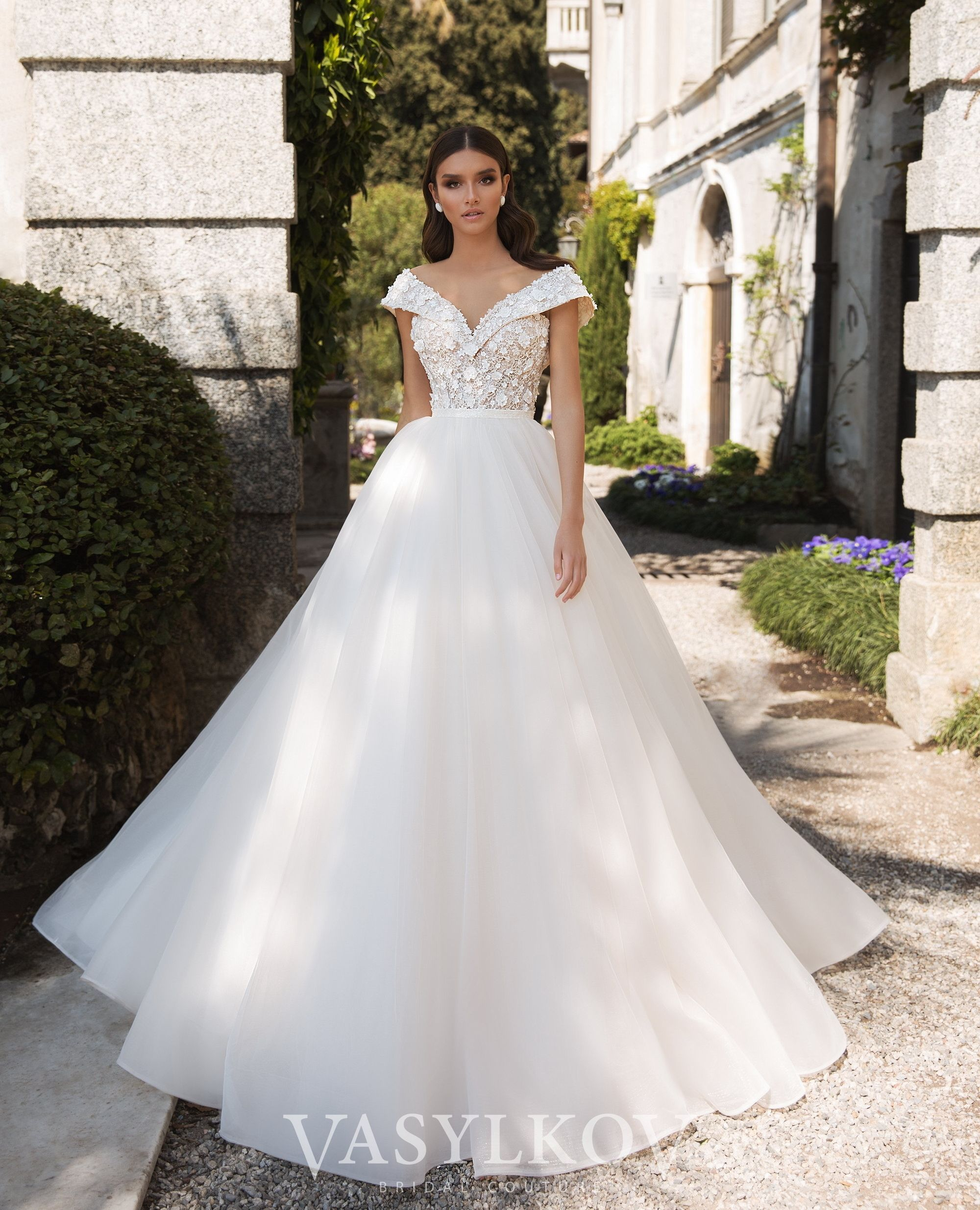 Pin On Best Wedding Dresses In Chicago