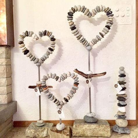 Steinherzen -Stone hearts - Steine, Schwemmholz, selbstgebogener, rostfreier Edelstahl ... #bastelnmitsteinen