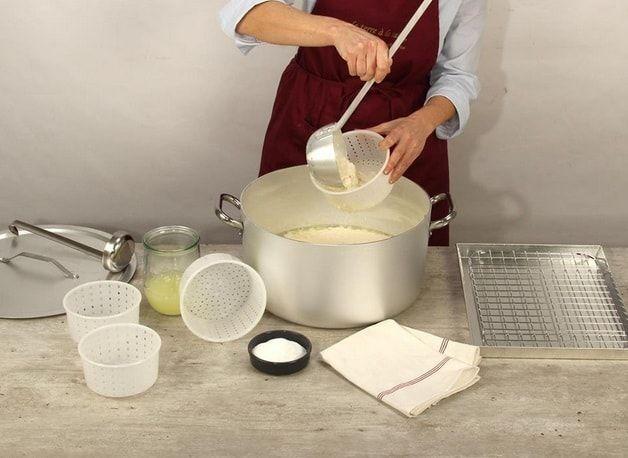 Pingl par am lie neumann sur miam homemade cheese mousse dessert et special recipes - Fabrication de yaourt maison sans yaourtiere ...