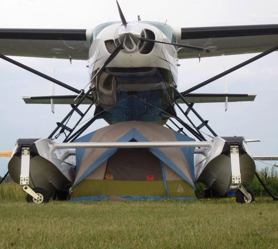 Going Camping AvGeek style #Camping #Aviation #AvGeeks #AvAddicts pic.twitter.com/YQioGsqW4K
