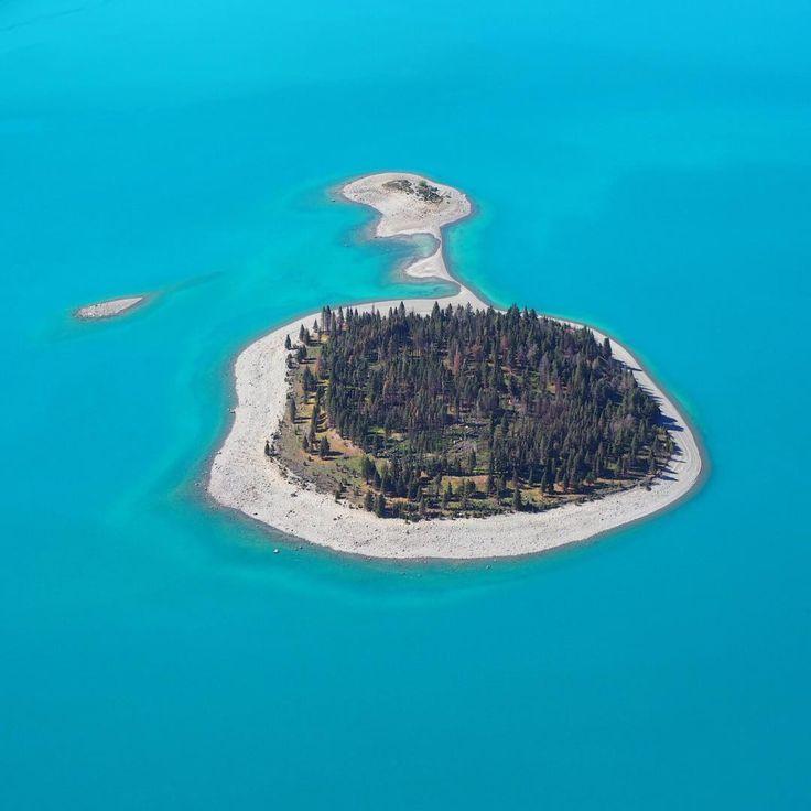Motuariki Island, New Zealand  by @glenorchyair