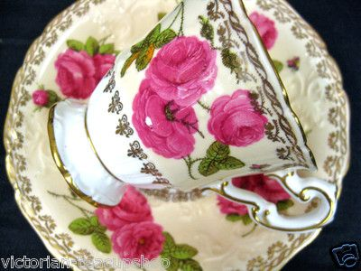 Foley Peach Cabbage Roses Butterfly Tea Cup and Saucer
