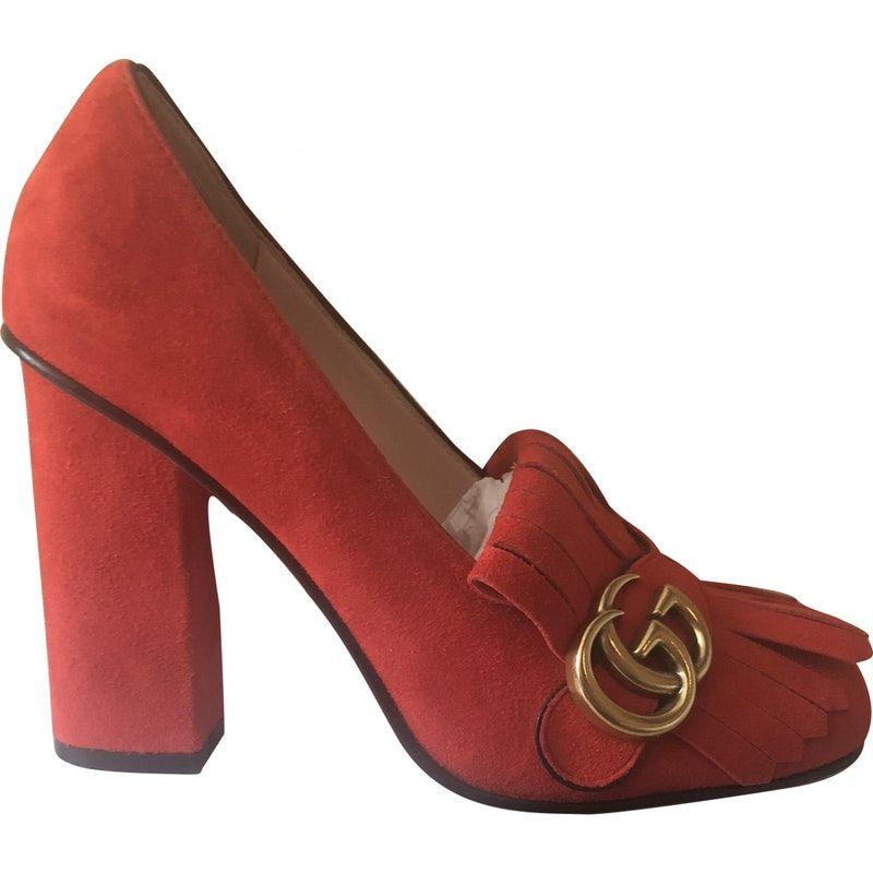 2188e6c02 red Plain Suede GUCCI Heels - Vestiaire Collective   Gucci in 2019 ...