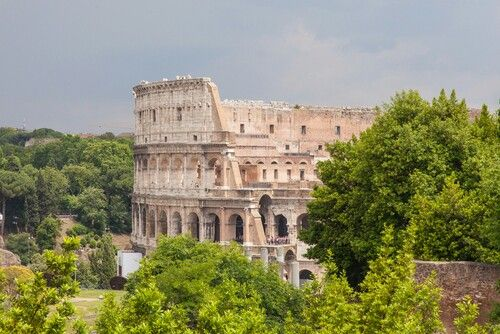 10 most visited countries 2013, Italy (52.7 million).