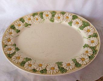 """Metlox Daisy 14"""" Serving Platter, Vintage Metlox Poppytrail Daisy Platter, Retro Daisy Serving Platter"""