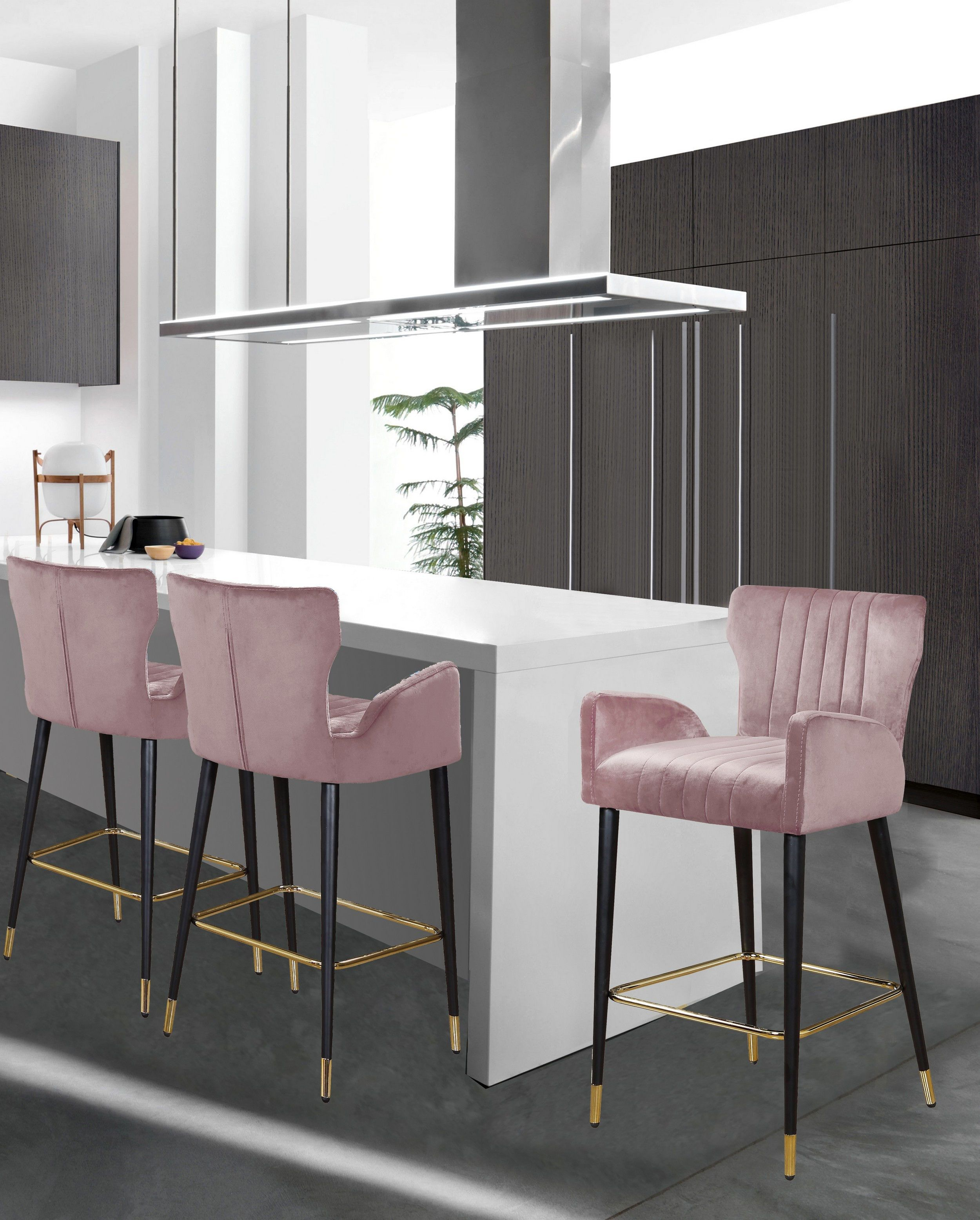 Luxe Pink Bar Stool 9 Meridian Furniture Bar Tables in 9 ...