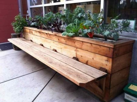 buildergibbs - recent projects - classroom bench & planter