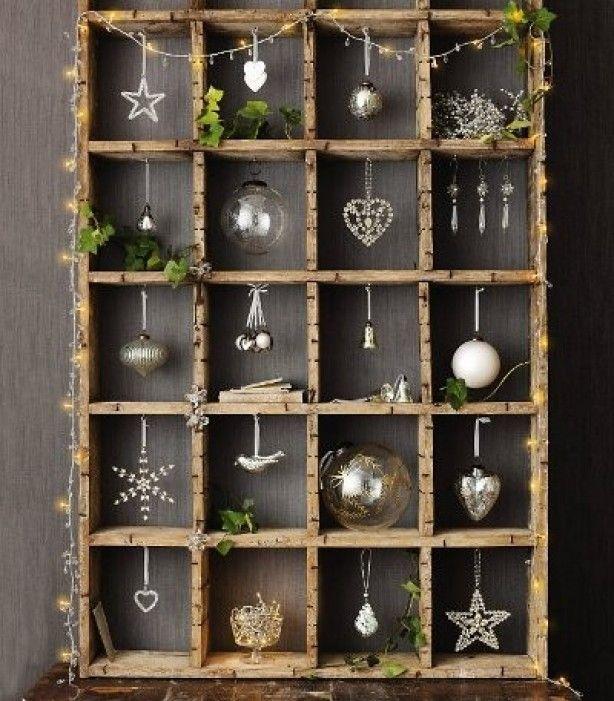 Leuk idee voor de kerst. Wow this crate is so original. Rice lites are cool!