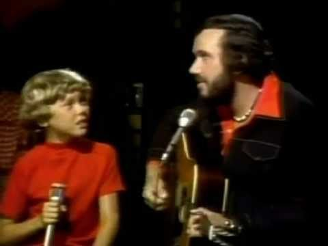 ▶ Bobby Bare - Daddy What If - YouTube