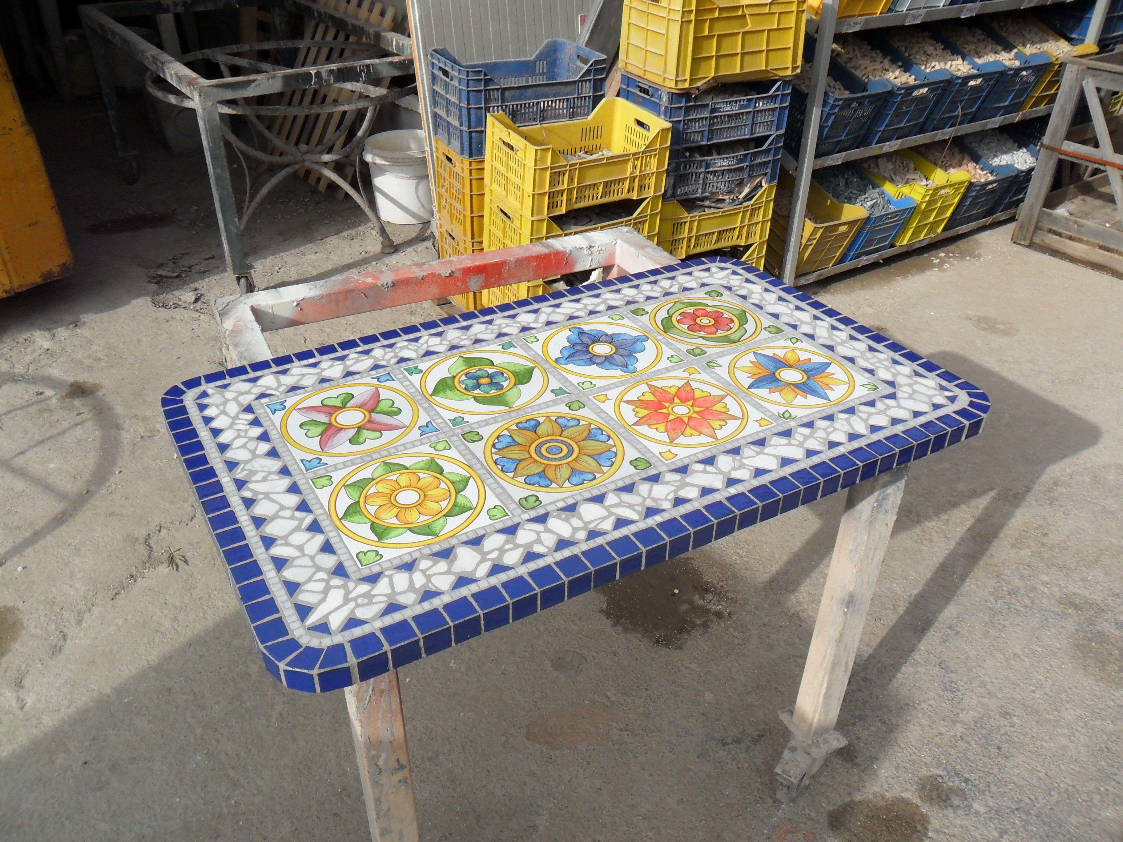 Pin di IL FAUNO MOSAICI su Tavoli in mosaico - Mosaic ...