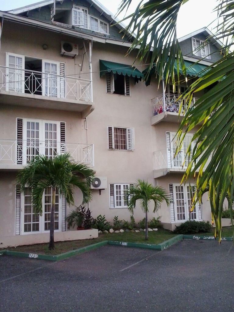 2 Bedroom 2 Bath Loft Apartment 14 5 Million 6 Surbiton Road Kingston 10 Jamaica Loft Apartment Estate Sale Kingston