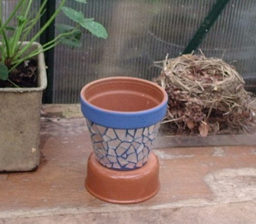 SUSSEXMOUSE Crafting, Recycling and me: Blinged mosaic flower pot