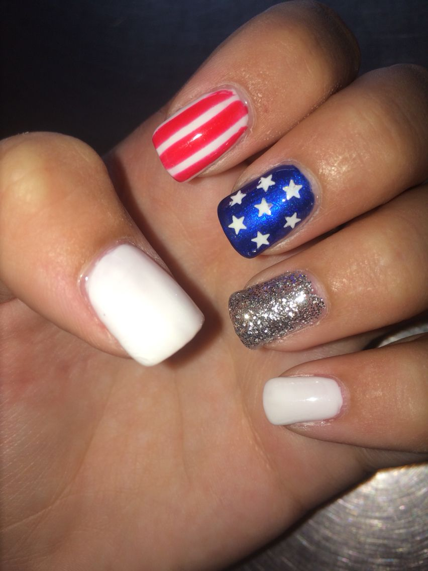 21 Best 4th of July Nails to Celebrate in Style pictures