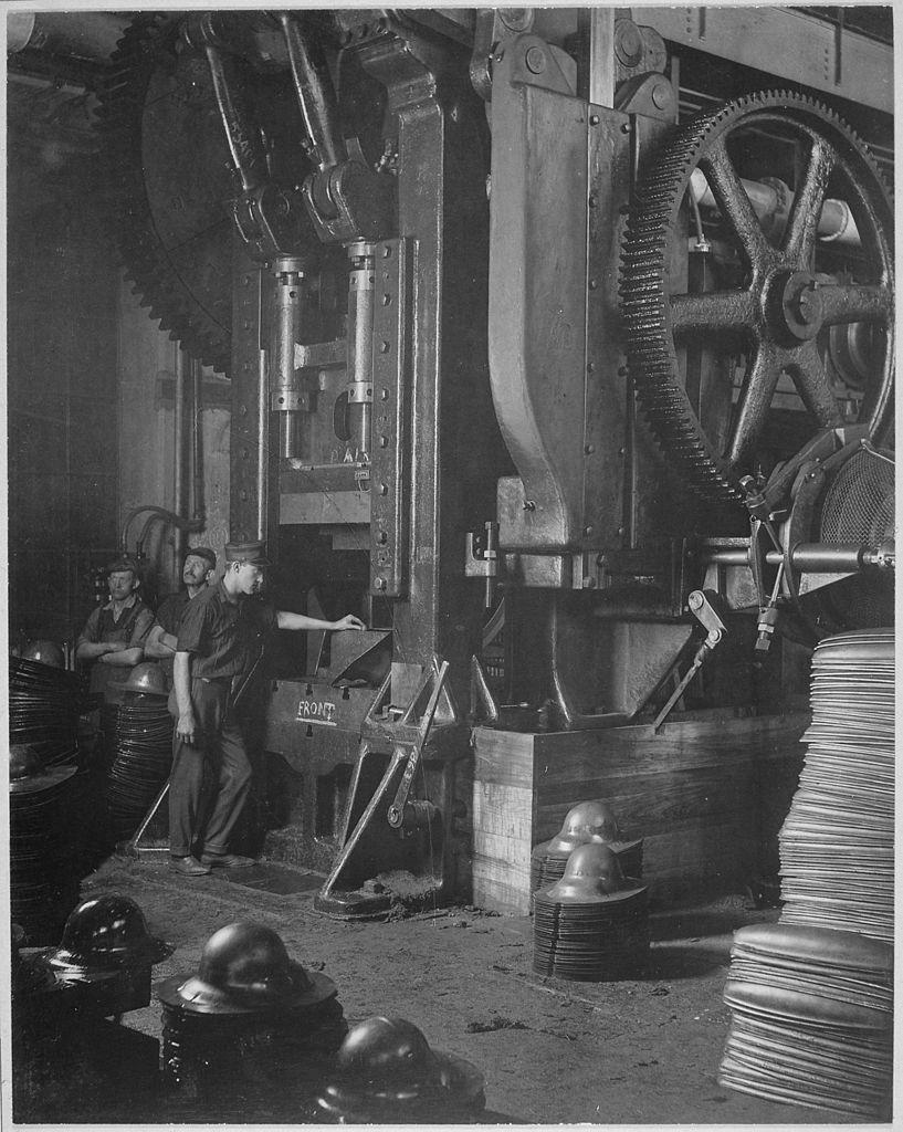 1918 Making helmets for WWI (con imágenes) Herramientas