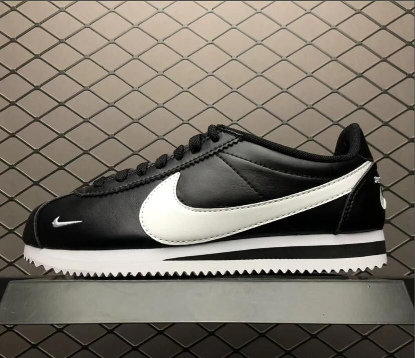 reputable site 356e0 70543 Nike Classic Cortez Premium Mini Swoosh Black White Running ...