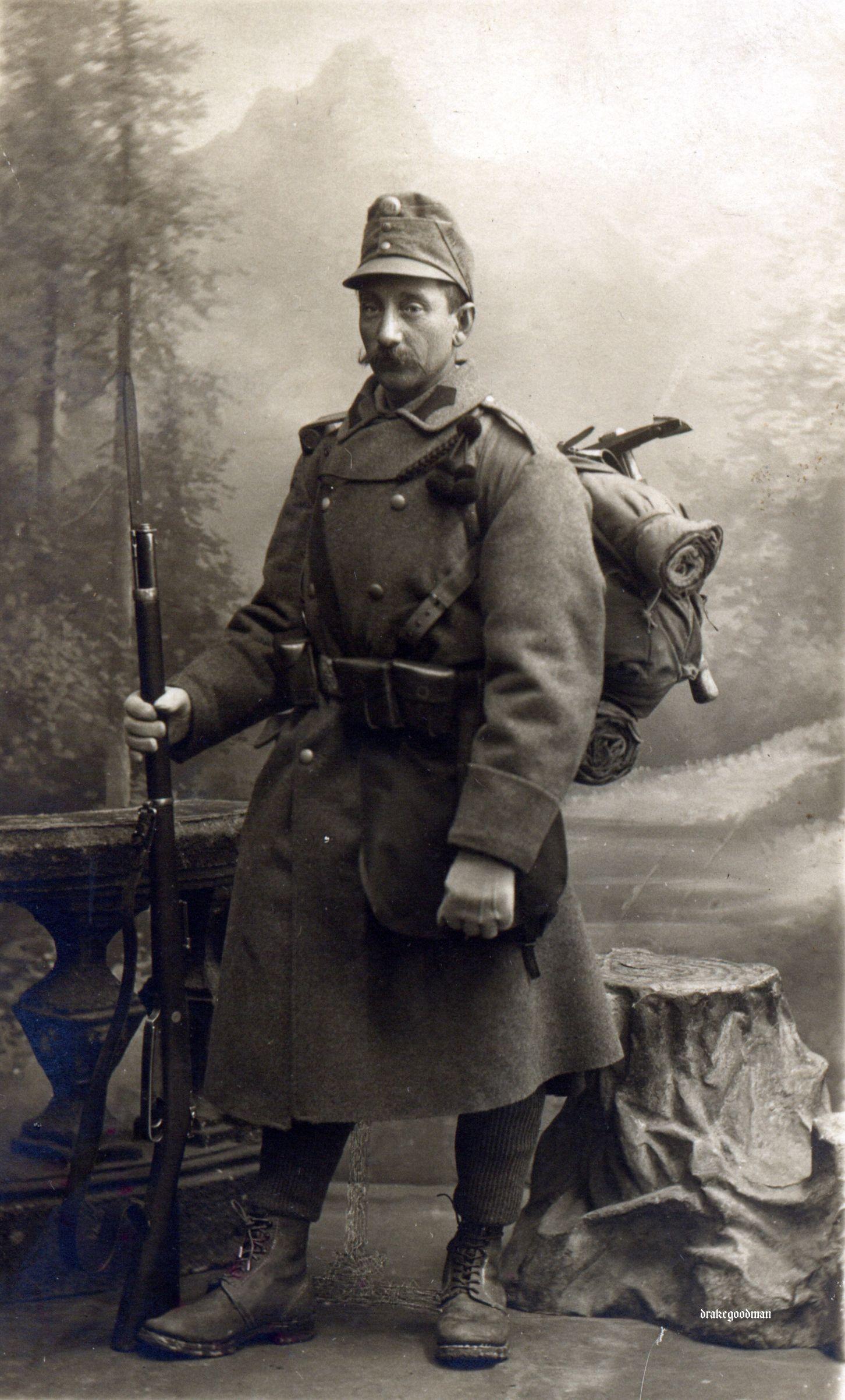 All sizes | kuk infantryman Gew 88 (M1913) fitted with a rare Werndl Ersatz-Seitengewehr | Flickr - Photo Sharing!