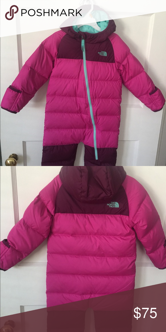 ee926d9fcf82 North Face infant snowsuit