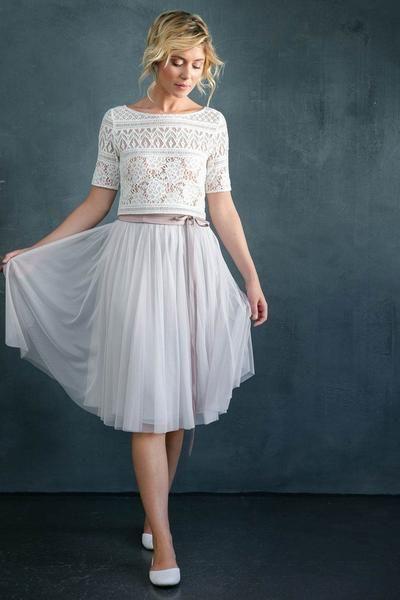 Du bist auf der Suche nach schönen, modernen Brautkleidern ...