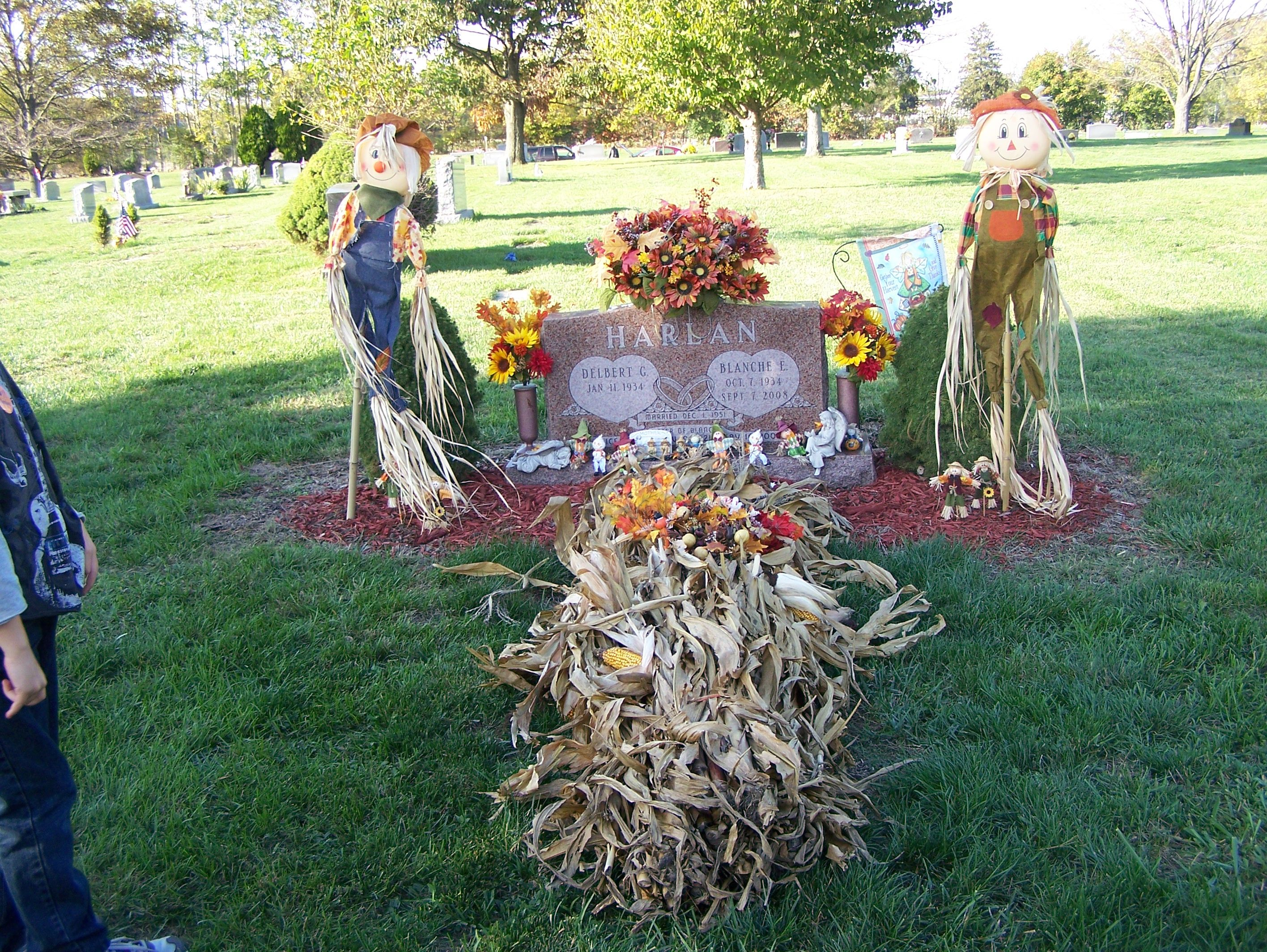 Fall grave blanket I made for my Mother. | Fall Grave ...