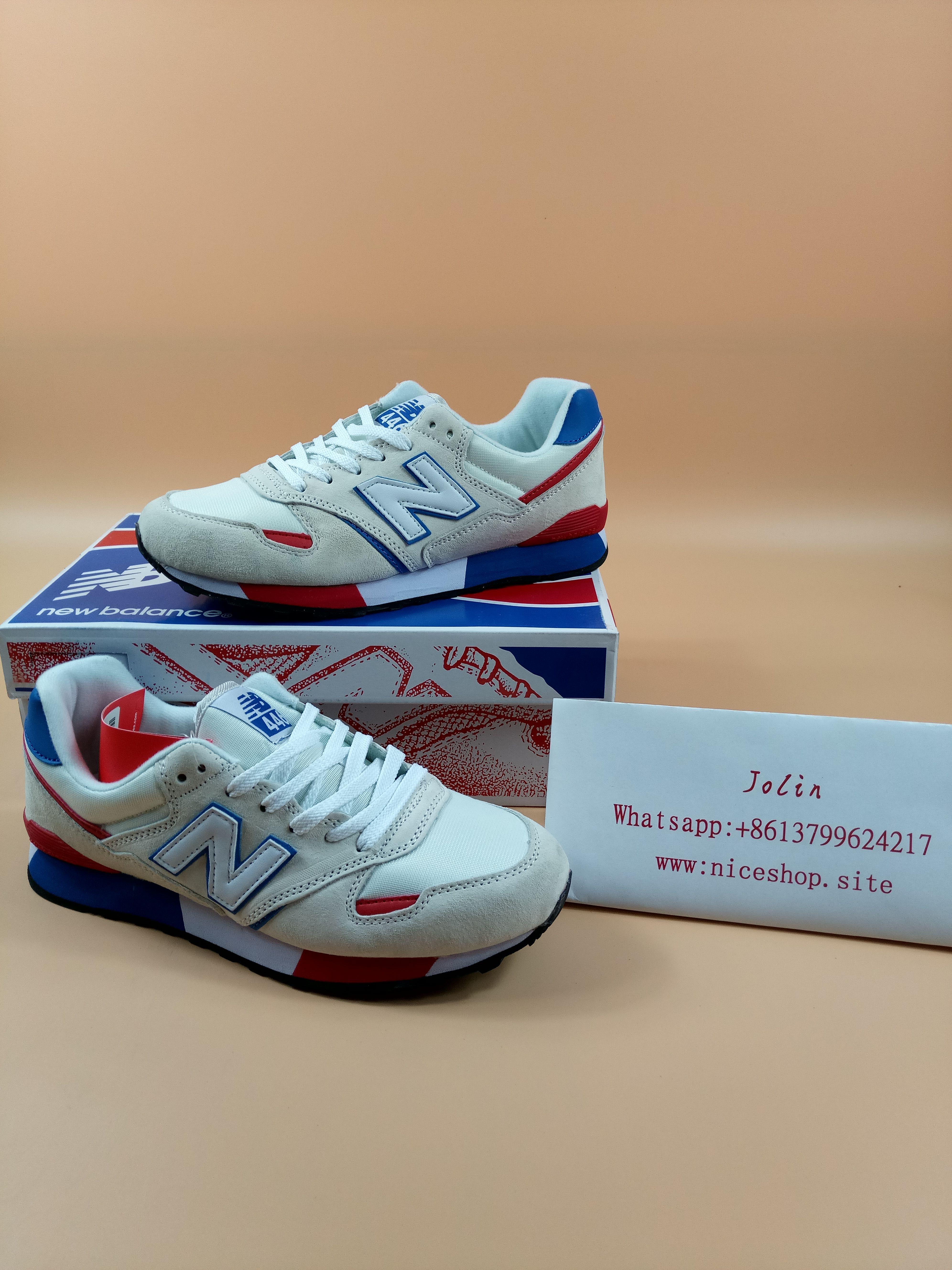 Hola, mi nombre es Jolin, me vienen de China, vendo Nike y Adidas