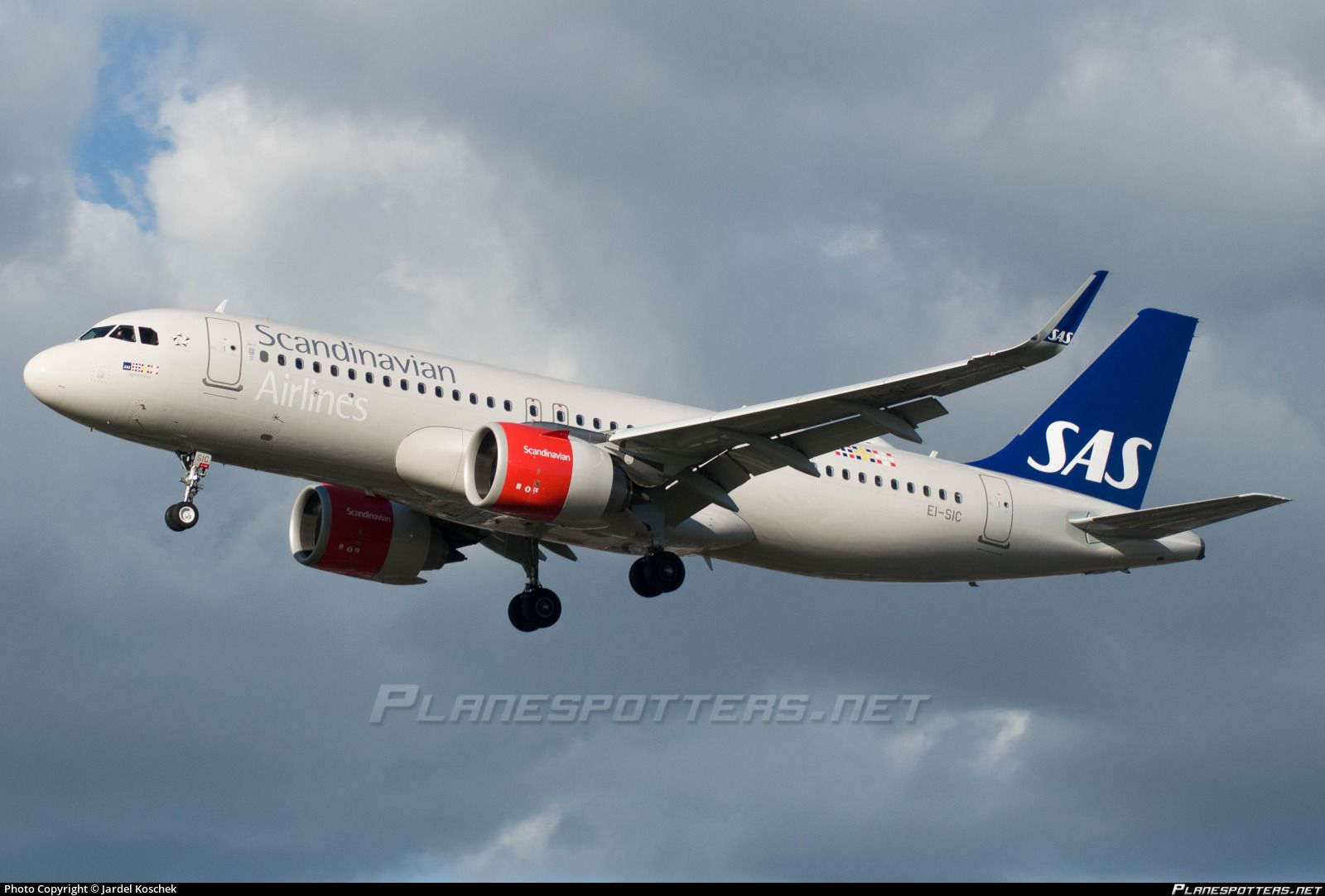 Ei Sic Sas Scandinavian Airlines Ireland Airbus A320 251n