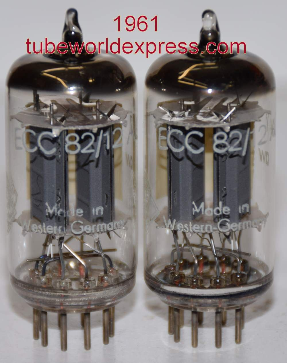Recommended Pair 1950 S Ecc82 12au7 Telefunken Diamond Bottom Ribbed Plates Used Good 1950 S 9 5 9 8ma And 9 2 9 8ma 1 3 Matched Recommended Pair Vacuum Tube Vintage Valve Vintage Electronics